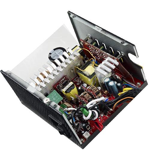 منبع تغذیه کولر مستر مدل V750S